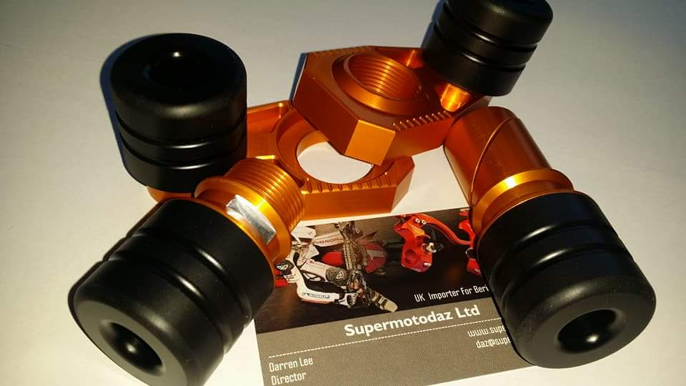SMD KTM Axle Block Sets